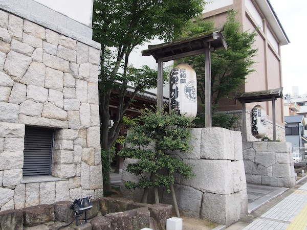 元禄16(1703)年に始まったとされるだんじり祭の歴史から、各町のだんじりについてまで、岸和田だんじりのすべてが実感できる専門博物館だ。