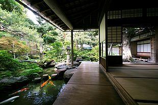 金沢「武家屋敷跡 野村家」で江戸時代にタイムトラベル!武家文化と美しい庭園に感激