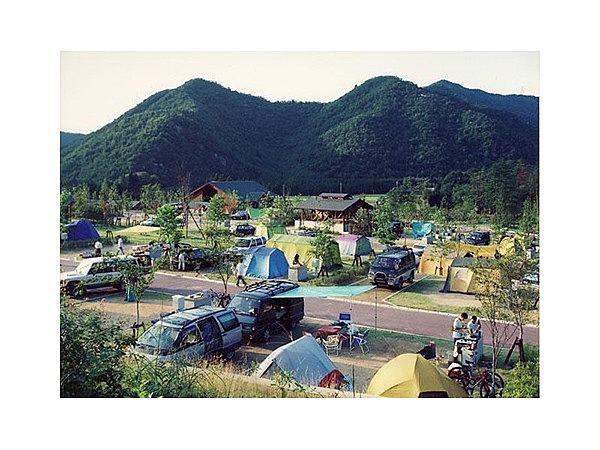 日本のへそ日時計の丘公園/西脇市ホームページ